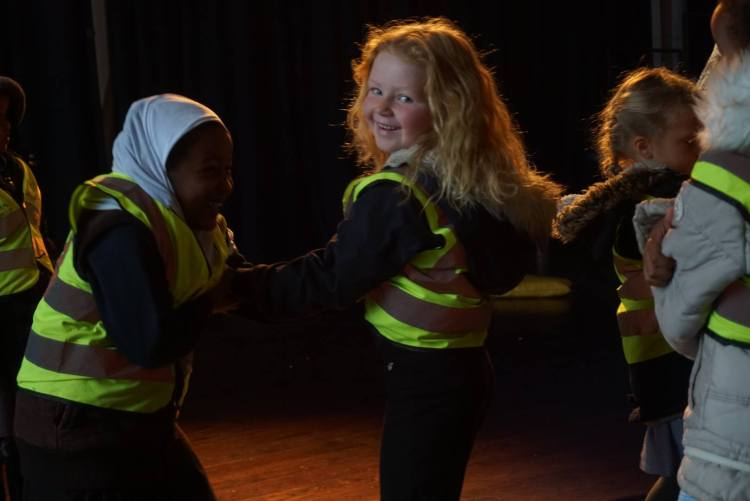 Ila Project, DancingStrong Company. Photo: Sharon Treharne. Children from local primary school enjoy a workshop at Trinity